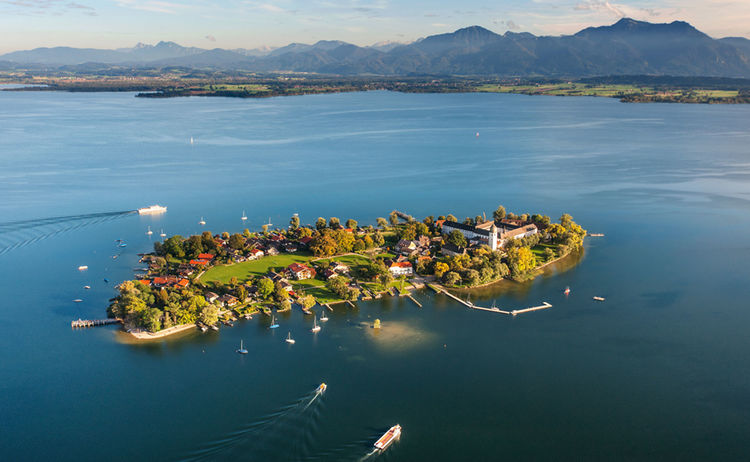 Chiemsee Fraueninsel Alpenvorland Fotograph Tanja Ghiradini Copyright Prien Marketing Gmbh Web