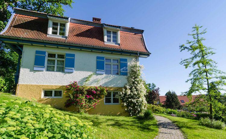 Das Muenter Haus In Murnau Copyright Das Blaue Land Simon Bauer Web