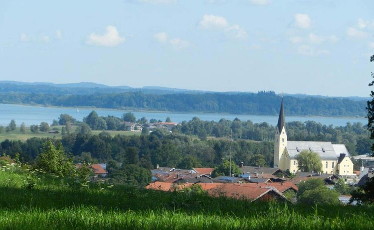 Dorfmitte Aus Kraimoos Copyright Tourist Info Bernau Am Chiemsee Web