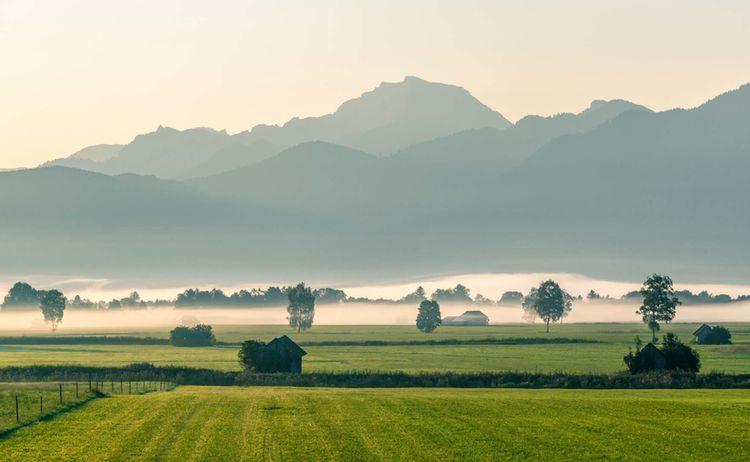 Moor Kochel Nebel Fotograf Thomas Kujat Copyright Tourist Information Kochel Am See Web