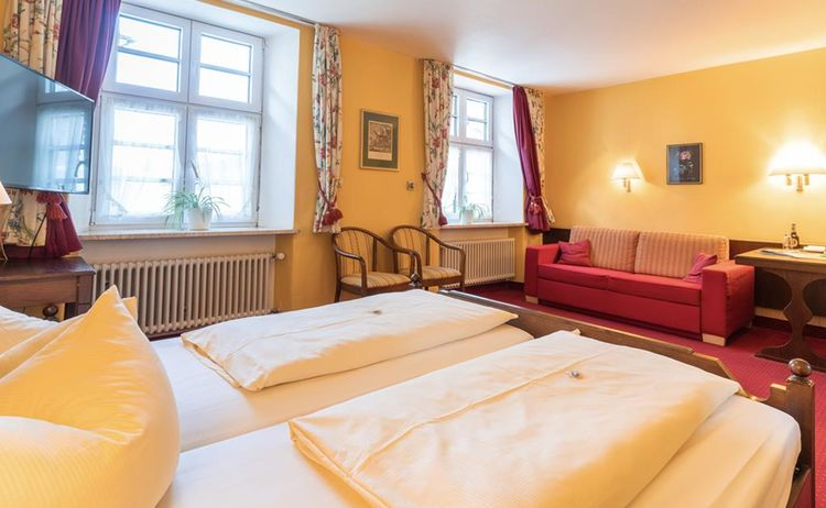 2 Zimmer 1024x683