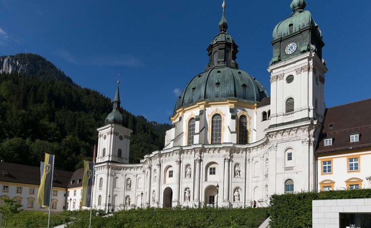 Ammergauer Alpen Kloster Ettal Copyright Anton Brey Web