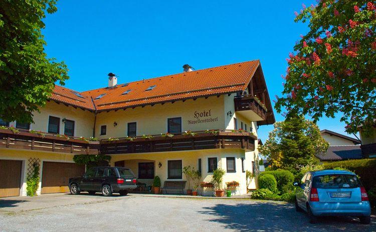 Hotel Garni Kapellenst Berl 2 Copy