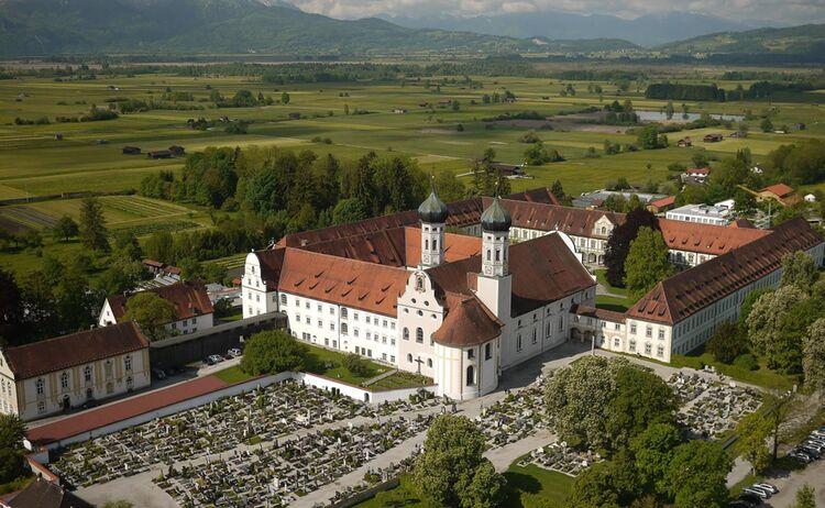 Luftbild Kloster Benediktbeuern C Lubiag Gi Benediktbeuern Copy