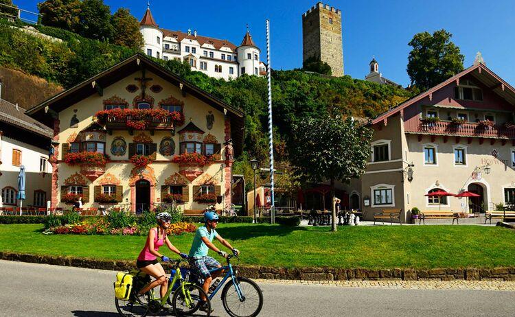Neubeuern Fotograph Norbert Eisele Hein Copyright Chiemsee Alpenland Tourismus Web