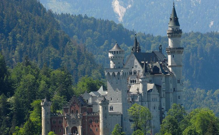 Schloss Neuschwanstein Ostansicht Foto F Ssen Tourismus Und Marketing
